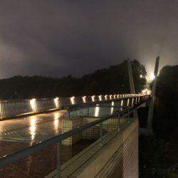 雨が降る日のVブリッジです。