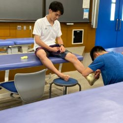 テーピングはスポーツ外傷・障害を予防するための重要な手技です。